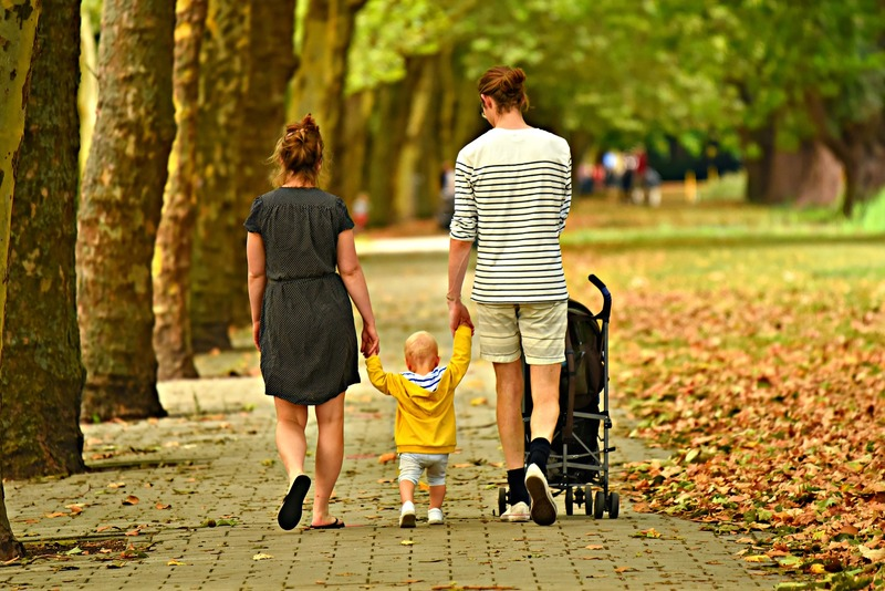 5 Ways to Nuture Your Relationship After Having a Baby